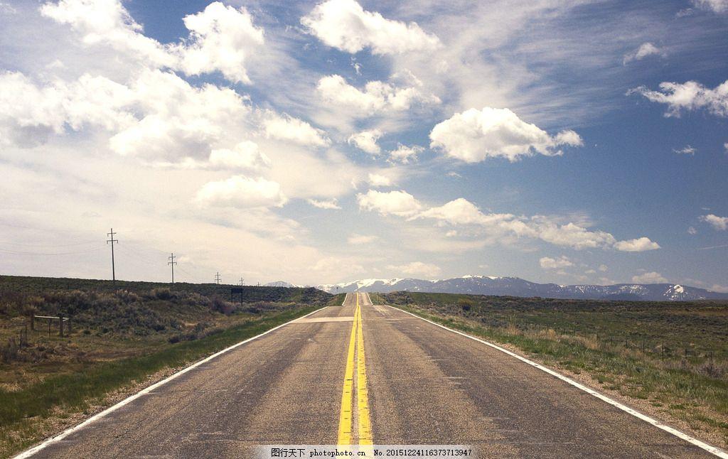 宽敞公路 公路 无人 宽敞 天空 摄影 摄影 自然景观 自然风景 240dpi