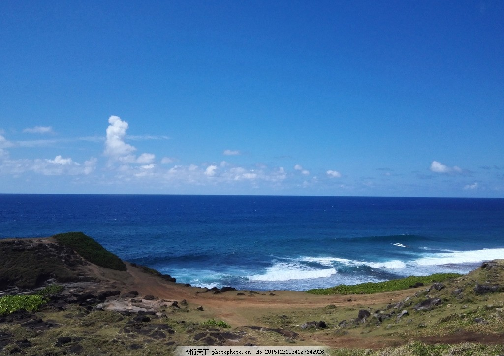 海边 海岸 大海 沙滩 蓝天 白云 摄影 自然景观 自然风景 72dpi jpg